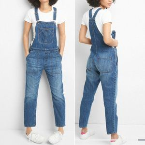 GAP ~ RELAXED DENIM OVERALLS ~ M ~ POPULAR STYLE!!